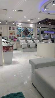 Store Images 1 of L'Amour Salon