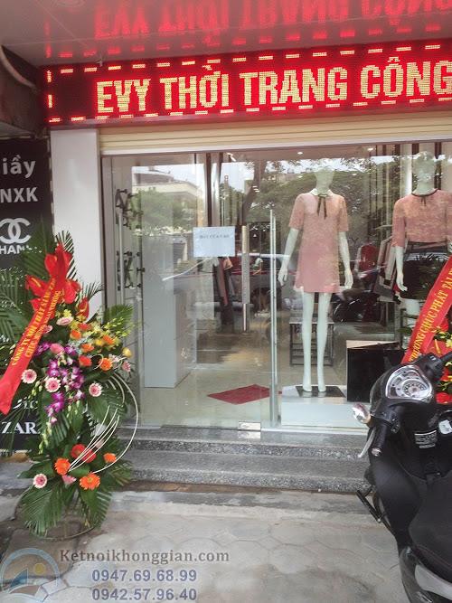 thiết kế cửa hàng đẹp mắt - thi công shop thời trang