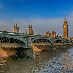 Westminster bridge in London by Cora Lea - Buildings & Architecture Bridges & Suspended Structures (  )