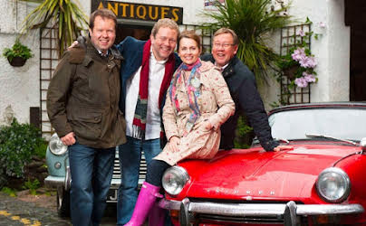 Celebrity Antiques Road Trip (S7E12)