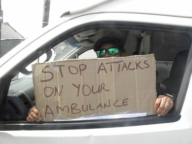 Moenie ons beroof nie, pleit by Port Elizabeth-ambulansbestuurders - SowetanLIVE