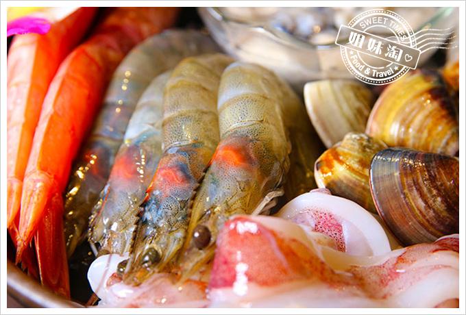 渝都重慶烤魚麻辣火鍋綜合海鮮拼盤4