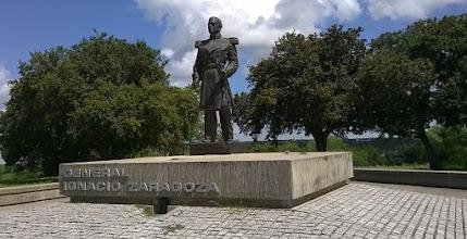 Photo: Statue Gen. Zaragoza - hero of Cinco de Mayo - Goliad