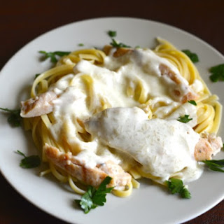 Olive Garden Grilled Chicken and Alfredo Sauce