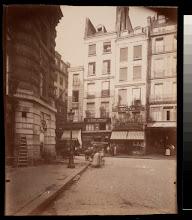 Photo: Maisons 94 et 96 Rue St. Honore construites sur lÕemplacement ou naqiut Moliere (1e)