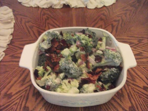 Amish Broccoli Salad Recipe
