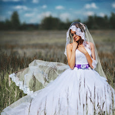 Wedding photographer Zinaida Romanenkova (RomanenkovaPhoto). Photo of 16.10.2014