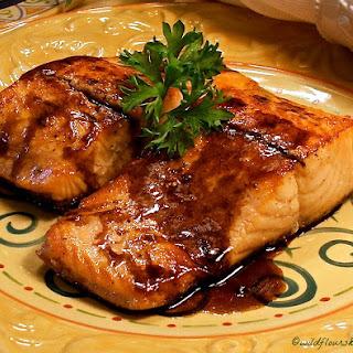 Balsamic Glazed Seared Salmon