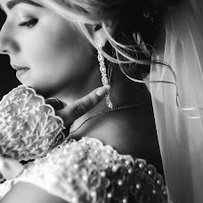 Wedding photographer Olya Naumchuk (olganaumchuk). Photo of 09.12.2017