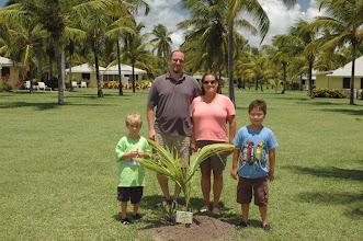 Photo: Estes family vow renewal, Aug. 2011