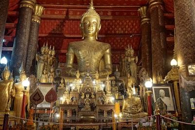 Vat Mai in Luang Prabang.