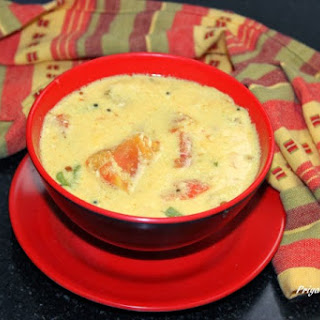 Thakkali Mor Kozhumbu / Kerala Moru Curry