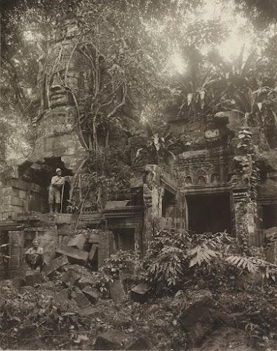 Храмовый комплекс Ангкор в Камбодже