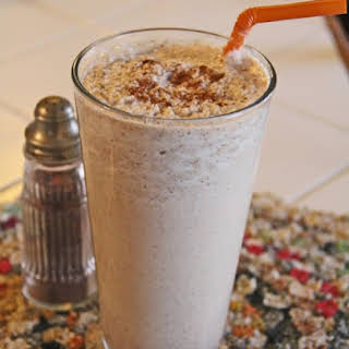 Heart Healthy Cinnamon Roll Smoothie.