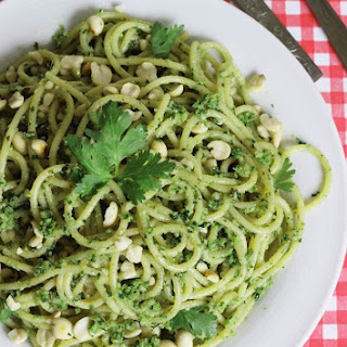 spaghetti recipe Indian style – cilantro peanut pesto pasta