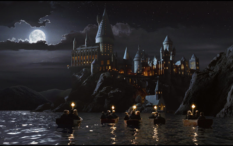 Photo: Harry Potter and the Sorcerer's Stone - Hogwarts School of Witchcraft and Wizardry