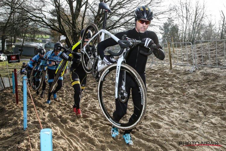 🎥 Sven Nys kwam op WK e-mountainbike -gelukkig zonder erg- ten val in afdaling