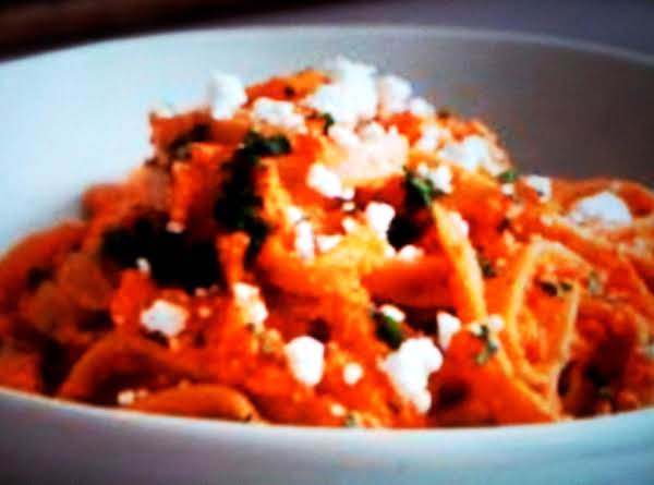 Pasta With Creamy Red Roasted Pepper Sauce & Feta Recipe