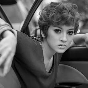 Sukma by Jhones Gozali - Black & White Portraits & People ( car, street, bw, young lady, portrait,  )