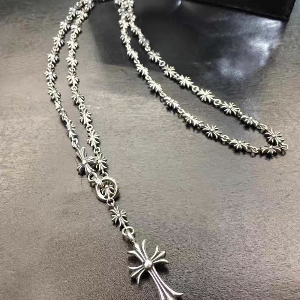 CH CROSS NECKLACE