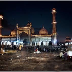 Eid Mubarak by Debasis Banerjee - Buildings & Architecture Places of Worship ( mughal architecture, mosks, indian mosks, delhi minerate, heritage building, jama masjid )