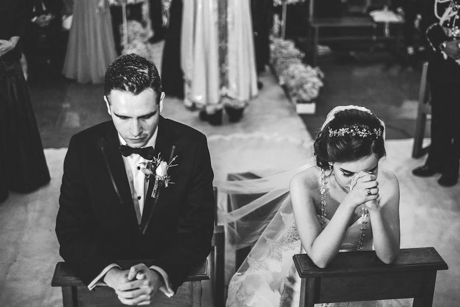 Hochzeitsfotograf Valery Garnica (focusmilebodas2). Foto vom 30.09.2017