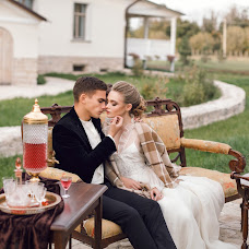 Wedding photographer Olesya Gulyaeva (Fotobelk). Photo of 12.10.2017