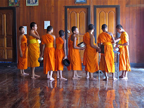 Photo: young novices lined up to receive their daily meal, Wat Phra That Doi Kong Mu