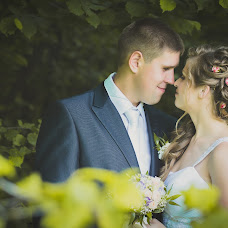 Wedding photographer Aleksandra Razuvalova (RazuvalovA). Photo of 08.02.2015