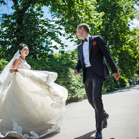 Wedding photographer Yuriy Zhurakovskiy (Yrij). Photo of 20.02.2018