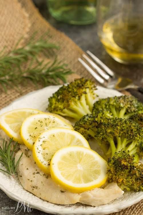 "Baked Lemon Rosemary Chicken and Broccoli ""Baked Lemon Rosemary Chicken and Broccoli..."