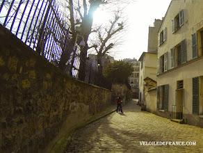 Photo: Maison de Balzac à Paris - E-guide balade à vélo de la Tour Eiffel à la forêt de Meudon par veloiledefrance.com  House of Balzac in Paris - Cycling guide in Paris from the Eiffel Tower to the Meudon forest