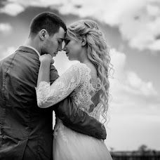 Wedding photographer Mikhail Simonov (simonovM). Photo of 20.08.2017