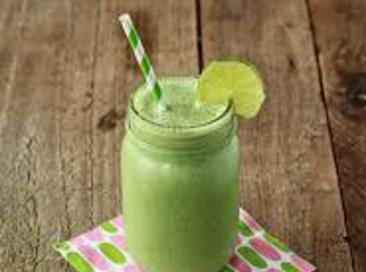 Clean Eating Green Fruit Smoothie Recipe