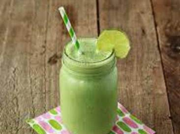 Clean Eating Green Fruit Smoothie