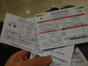 Photo: ručně psanej boarding pass - jedině v Mexiku. let Juarez - Monterrey. vpravo potom turistická karta