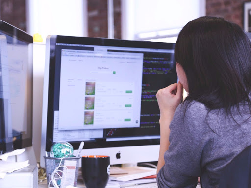 working-woman-person-technologyjpg