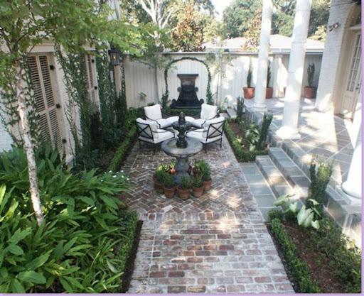 Cote de texas he 39 s an attorney for French courtyard garden ideas