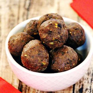 Gluten-Free Vegan Chocolate Chip and Pistachio Brownie Truffles Recipe