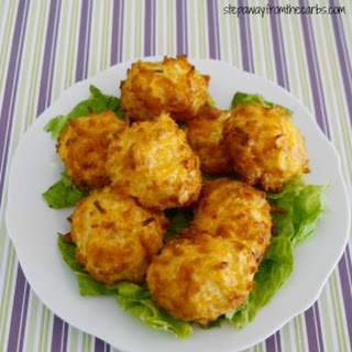 Low Carb Crispy Cheese Balls