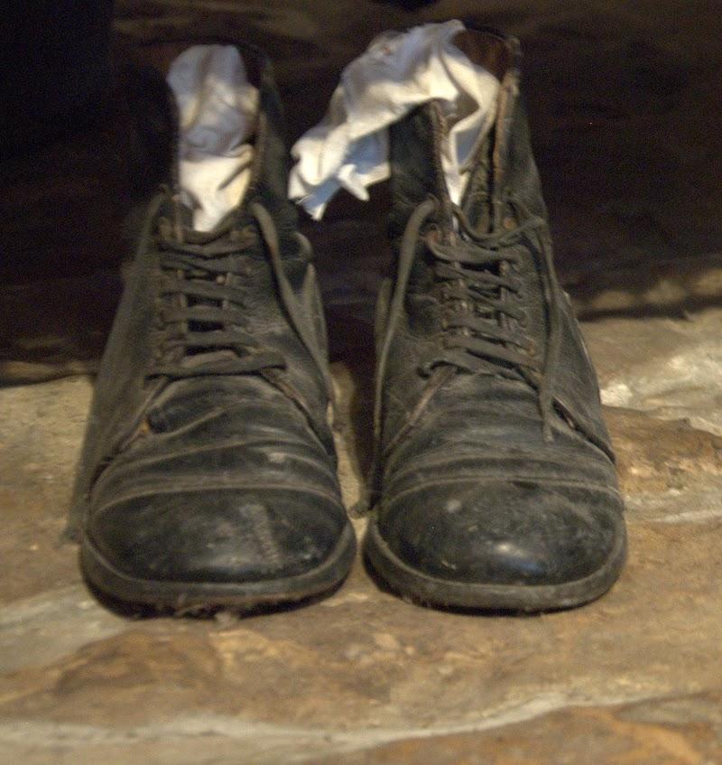 Le scarpe del contadino di Dama