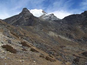 Photo: Montée vers Dzonghla : Lobuche E