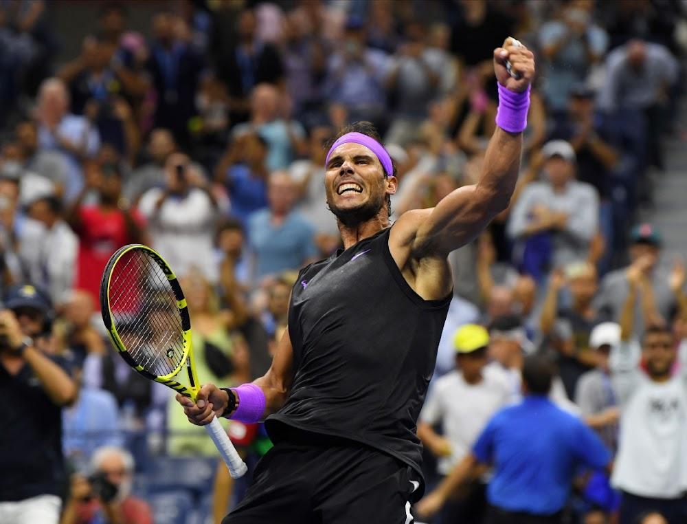 Rafa Nadal kry 'n bietjie grom van Tiger-ondersteuning