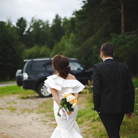 Wedding photographer Zhenya Istinova (MrsNobody). Photo of 19.12.2017