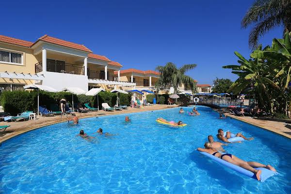 Jacaranda Hotel Apartments