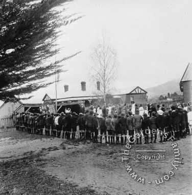 Empire Day at Ranelagh State School 1918