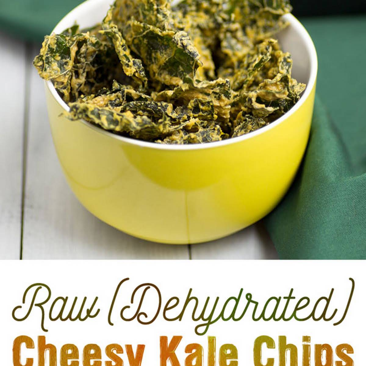 Raw (Dehydrated) Cheesy Kale Chips