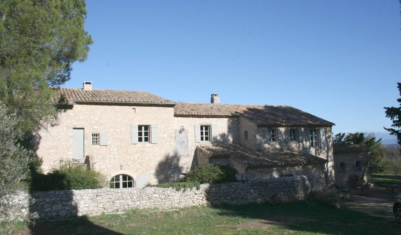 Maison avec piscine et terrasse Eygalières