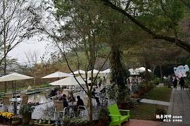 桃李河畔森林咖啡