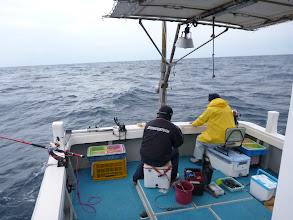 """Photo: """"タムラさん""""は言うまでもなく、バリバリ釣ってます!"""